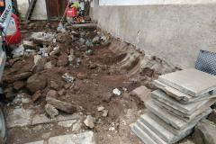 demolice zápraží a rekonstrukce dvora